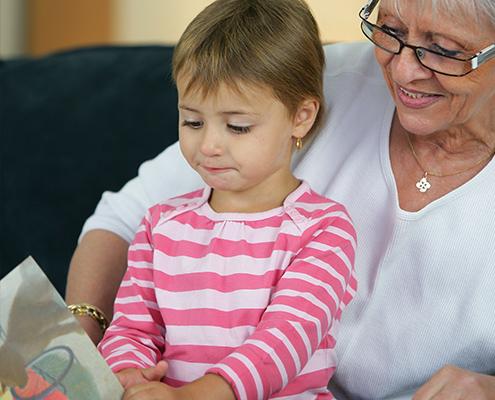 Alton-Feature-library-grandparent-grandchild-495x400